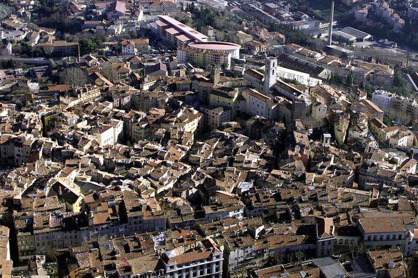 La ville de Grasse, vue du ciel.